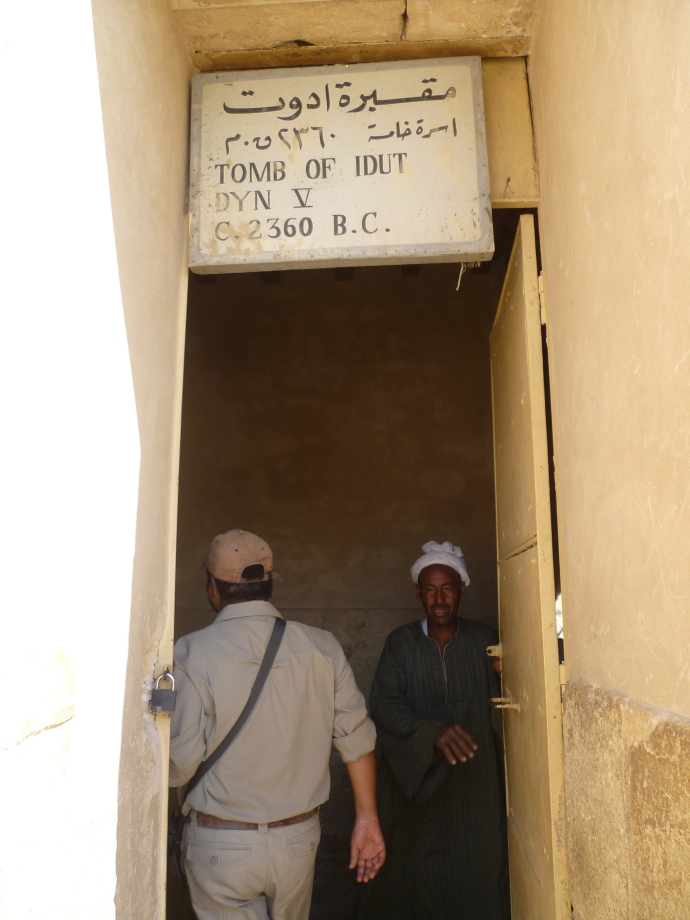 The entrance to the tomb of Idut.
