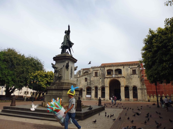 Parque Colón (Columbus Square) in Santo Domingo's Zona Colonial.