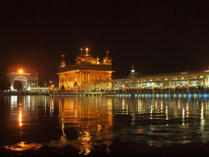 Another view of the Golden Temple after dark.
