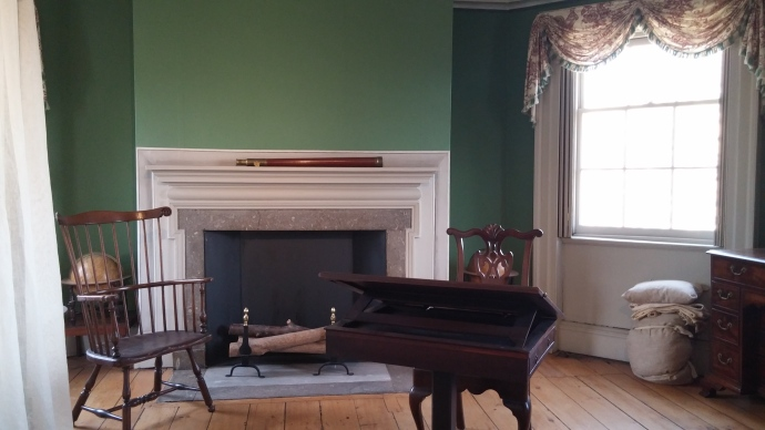 This room served as Washington's bedchamber and study when he temporarily occupied the house in 1776.