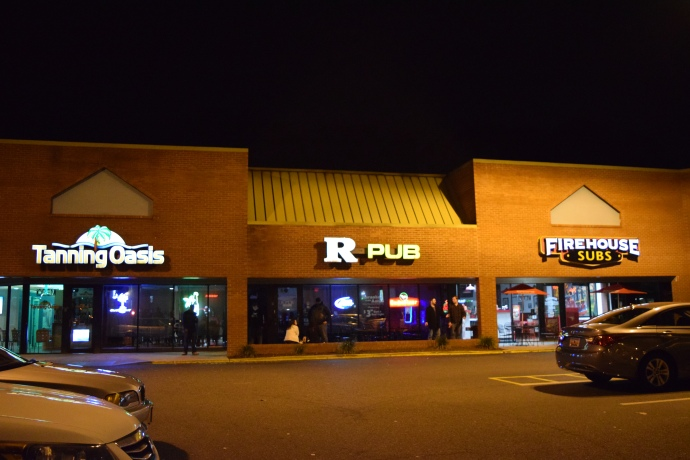 The exterior of R Pub in Charleston.