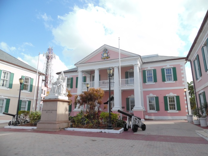 Parliament Square, a focal point of downtown Nassau, features a statue of Queen Victoria, hearkening back to the time when the Bahamas was a British colony. It gained its independence in 1973.