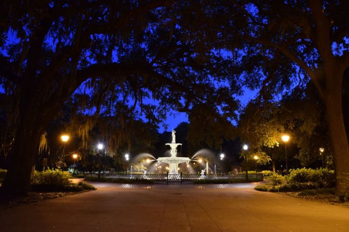 The fountain in Forsyth Park at twilight.